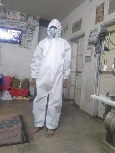 Non Woven PP Suit