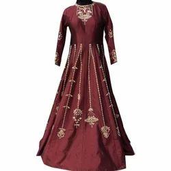 40-44 Embroidered Ladies Wedding Wear Gown