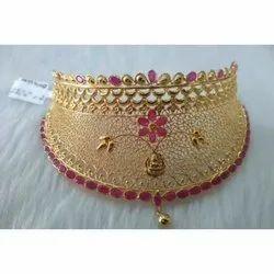 Stylish Gold Choker Necklace