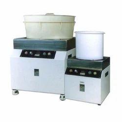 Magnetic De Burring and Polishing Machine