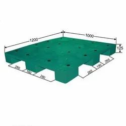 Medium Duty Roto Molded Plastic Pallet