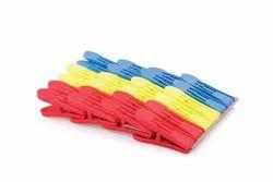 Duster Plastic Cloth Pegs (24 Pcs)