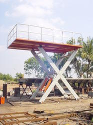 Merrit Scissor Lift Table