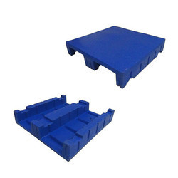 Square Roto Molded Pallet