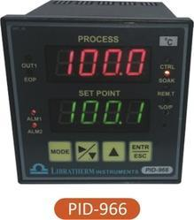 PID Controller with Universal Input PID-966