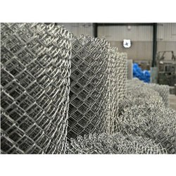 Silver SS Chain Link Fencing, For Tennis Court, Factory Usage