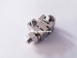 Open Small Connection Clamp 4.0 X 4.0mm Orthopedic External Fixator