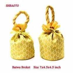 Batwa Broket
