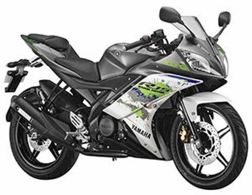 r15 v2 sparky green motorcycle at rs 118838 piece yamaha bike