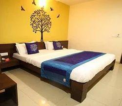 Delux Room Rental Services