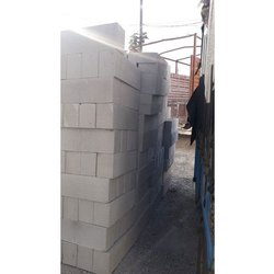 Solid Rectangular Concrete Blocks, For Side Walls, Size: 18X6 Inch