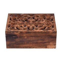 Wooden Undercut Box