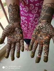 Bridal Women Designer Mehandi Service