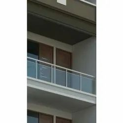 Stainless Steel Glass Railing For Interior Deaign, Material Grade: 304
