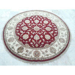 Traditional Round Carpet