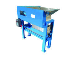 Coconut Pre Cutting Machine