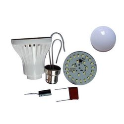 7 Watt LED Bulb Raw Material Plastic Body, Shape: Round