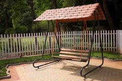 Deluxe Outdoor Garden Swing