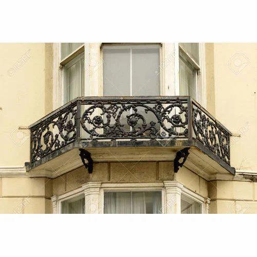Cast Iron Balcony Railing कसट आयरन रलग