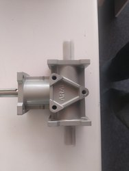 Bevel Gear Box
