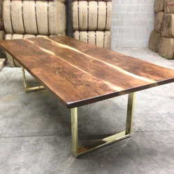 Industrial Outdoor Metal Leg Coffee Table,Live Edge Top Table