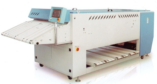 Fully Automatic Bath Towel Folding Machine - Sara Equipments ...