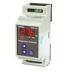 DIN Rail Mounted Temperature Controller