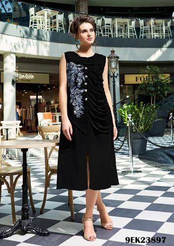 Party Wear Faux Georgette Designer Kurti With Santoon Inner