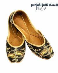 Leather Punjabi Jutti Women
