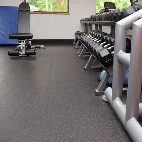 Gym Rubber Flooring, काला और बक्की हरी जिम रबर फ्लोरिंग At