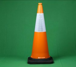 1000mm Safety Cone With Rubber Base 4.5 kg