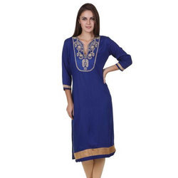 3/4th Sleeve Stitched Ladies Embroidered Rayon Kurti