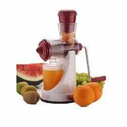 Portable Plastic Fruit Hand Juicer