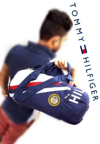 e100bb0ed39 Male Tommy Hilfiger Gym Bag, Rs 899 /piece, Luxury Style Store | ID ...