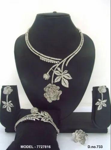 Modern Necklace Designs
