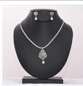 Silver Ad Necklace Set