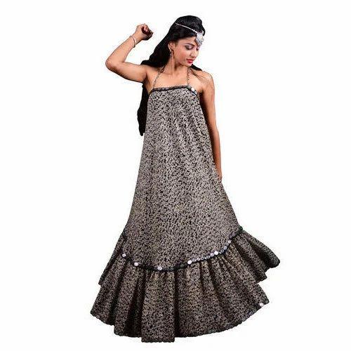 73d7e3224af Neemarani Chiffon Ladies Stylish Maxi Dress