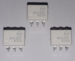 Triac & SCR Output Optocouplers MOC3021