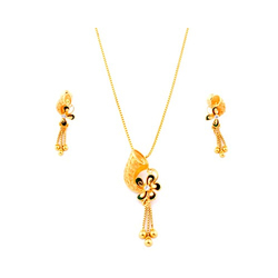 Gold Necklace Set with Chain