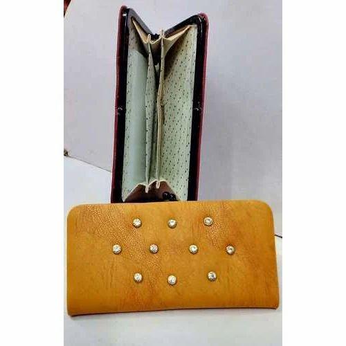 e4e44fe6f3d6 Rexine Plain Ladies Designer Purse