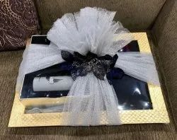 600 Gm Rectangle Box Gift Bouquet
