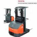 Toyota 8fbp9 0.9 Ton 8fbp-series Order Picking Trucks, For Warehouse, Capacity: 900 Kg