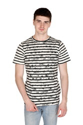 Latest Stripe Designer T-Shirt For Men