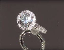 18K White Gold Exclusive Diamond Engagement Ring