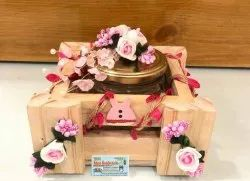 Ntural Wooden Gifts Basket, Size: 6x6 Inch