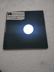 黑色彩色镜,尺寸:6 × 8英尺