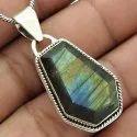Lively Amethyst Gemstone Silver Pendant
