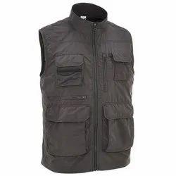 Decathlon Travel 100 Dark Grey Men Gilet Travel Jacket