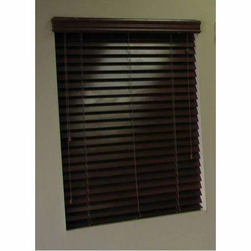 Brown , Wooden , Horizontal Window Blind, Size: 3-4 Feet
