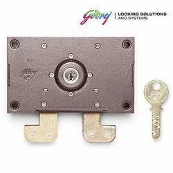 Center Shutter Lock